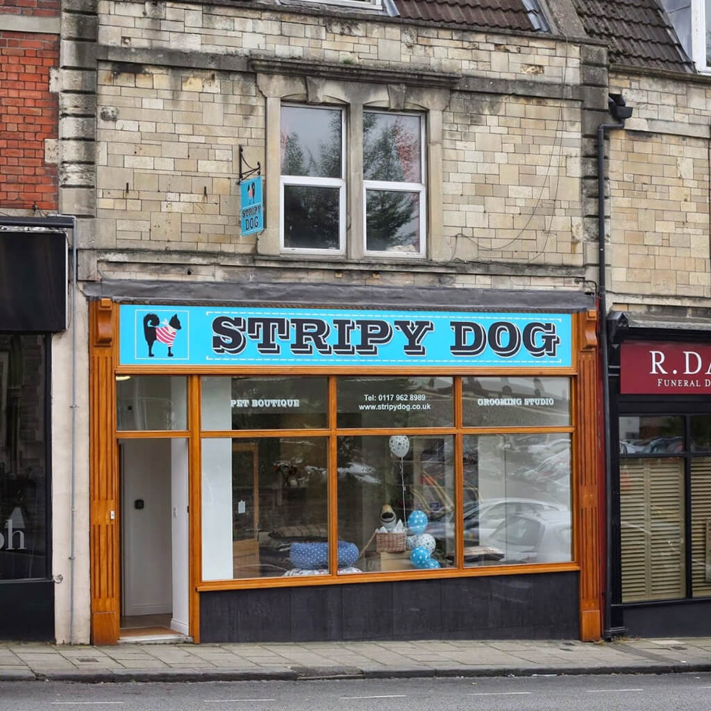 Stripy-Dog-Store-Signage-Design1